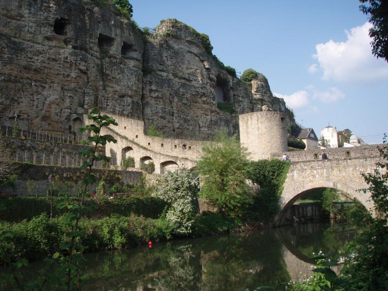 luxembourg-bridge Top 10 Richest Countries