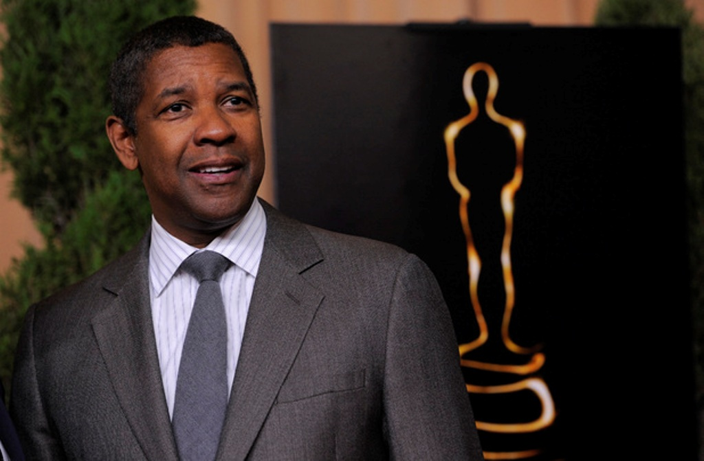 movies-denzel-washington-oscars-luncheon The 10 Most Famous Male Actors with Awards