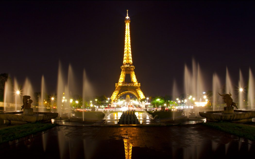 paris_pic Top 10 Most Luxurious Honeymoon Destinations