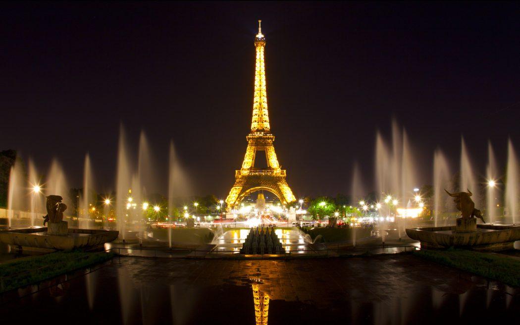 paris_pic Top 10 Most Luxurious Honeymoon Destinations