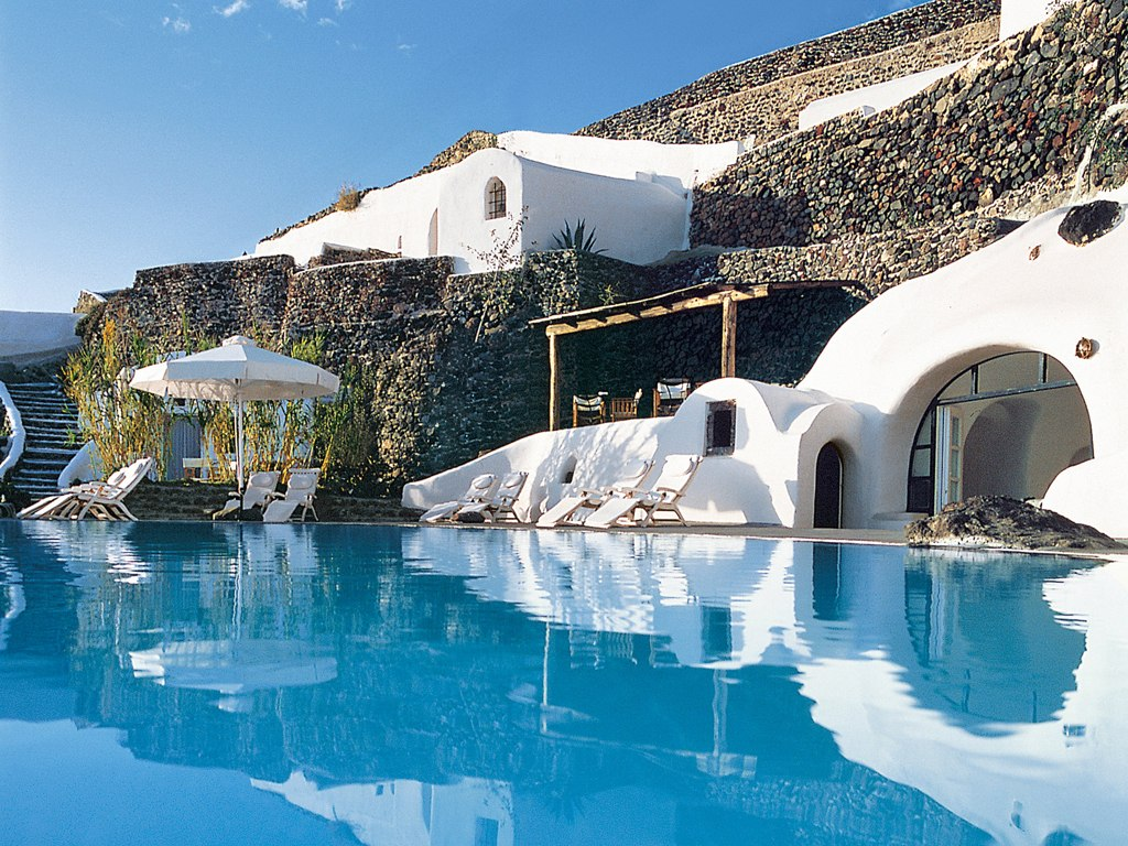 perivolas-santorini-santorini-greece-106342-4 Top 10 Most Luxurious Honeymoon Destinations