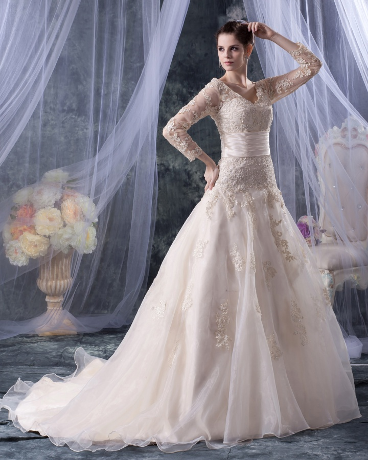 2012110704525577 70 Breathtaking Wedding Dresses to Look like a real princess