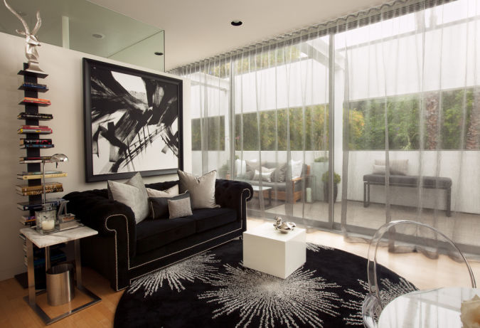 2013-Stylish-Living-Room-Transparent-Curtain 20+ Awesome Images for the Latest Models of Curtains