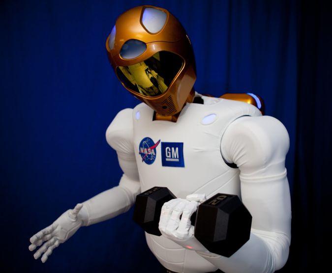 2Robonaut-2 What Can Humanoid Robots Do?!