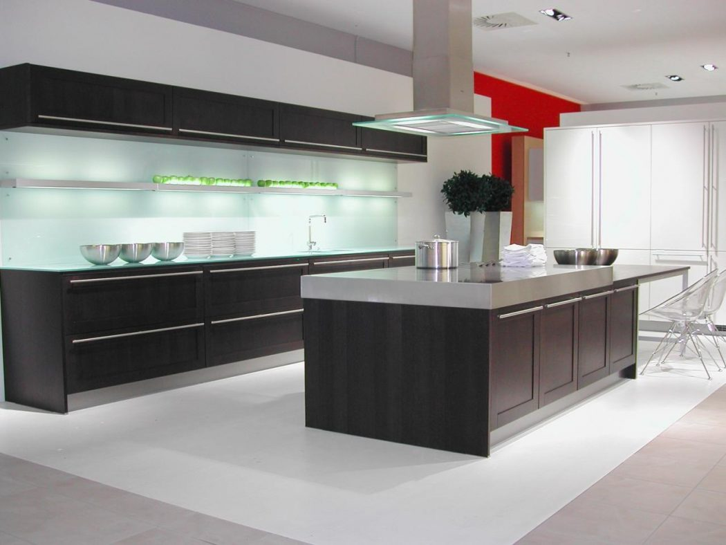Amazing-Large-Wenge-Kitchen Breathtaking And Stunning Italian Kitchen Designs