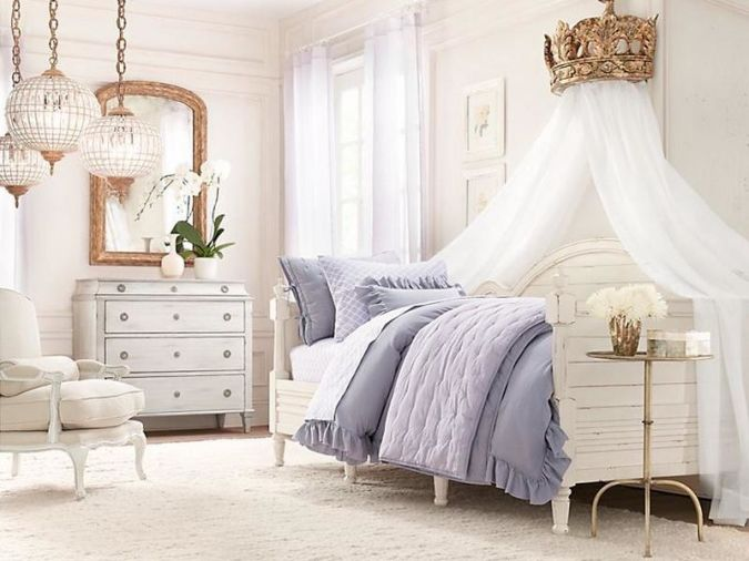 Blue-White-Decorating-Ideas-for-a-Girls-Room 20+ Awesome Images for the Latest Models of Curtains