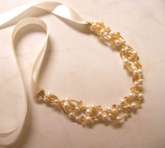 Champagne-and-Swarovski-pearl-ribbon-necklace-1 23 Most Creative Handmade Gift Ideas