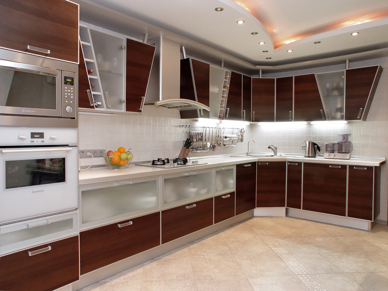 Contemporary-Indian-Kitchen-Cabinets Frugal And Stunning kitchen decoration ideas