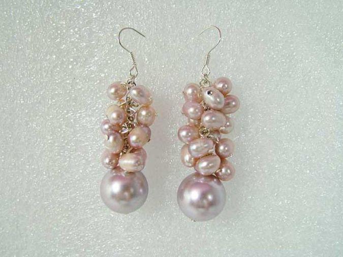 Handmade-Jewelry-Fashion-Pearl-Earring 23 Most Creative Handmade Gift Ideas