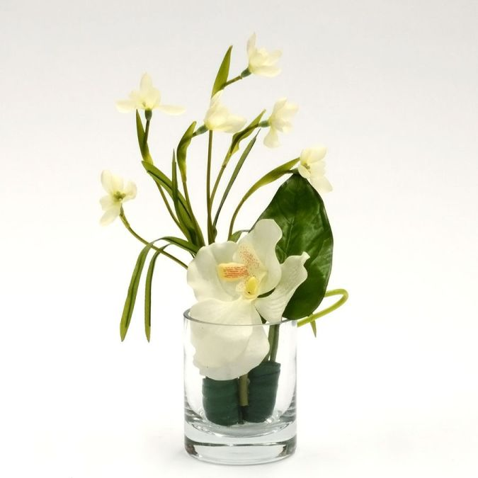 IrisGlassArrangementWhite_LowRes How to Decorate Your Home Using Flowers
