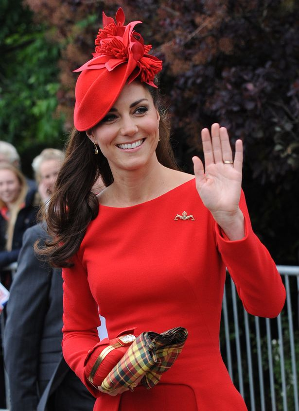 Kate-Duchess-of-Cambridge-prepares-to-board-the-royal-barge The Most Famous Celebrities Clothing Brands