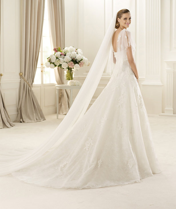 Manuel-Mota-For-Pronovias-2013-Bridal-Dress-GALAXIA-b 70 Breathtaking Wedding Dresses to Look like a real princess