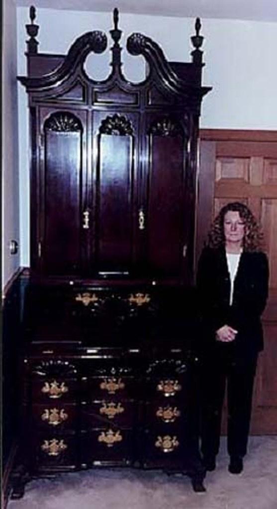Most-expensive-antique-Antique-Secretary-Desk 10 Most Expensive Antiques Ever Sold