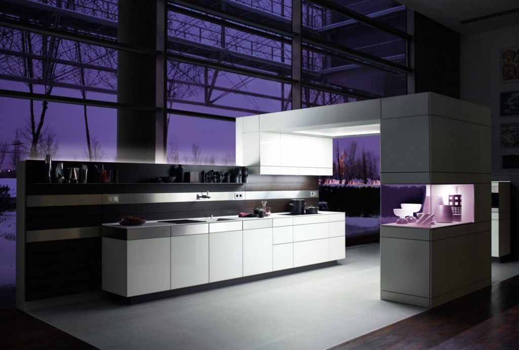 Purple-Kitchen-Design-Idea Frugal And Stunning kitchen decoration ideas