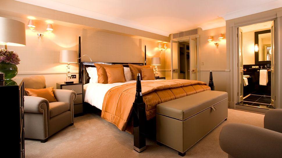 bedroom-orange-tan Fabulous Orange Bedroom Decorating Ideas and Designs
