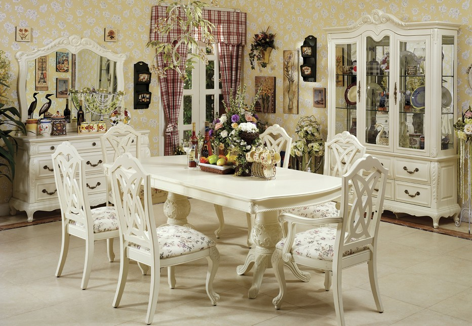 breathtaking-white-dining-room-furniture-set Stunning And Contemporary Victorian Decorating Ideas