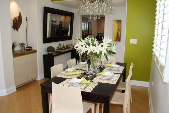 condo-remodel-ideas How to Decorate Your Home Using Flowers