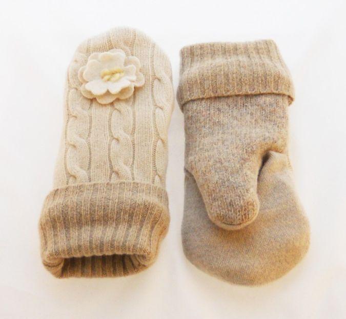 cream-of-the-crop-lined-mitten 23 Most Creative Handmade Gift Ideas