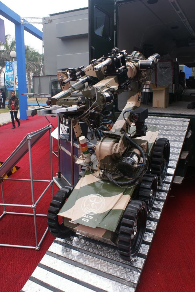 daksh Which Robots Do We Use in Military Applications?