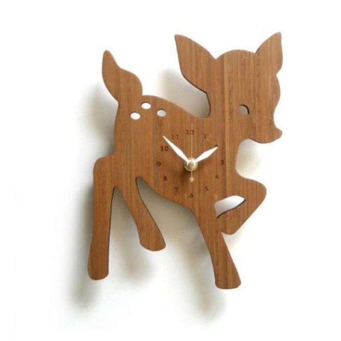 deer_clock_decoylab_bamboo_handmade_unique_gift_fun_gift_baby 23 Most Creative Handmade Gift Ideas