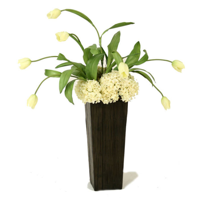 distinctive_designs_silk_flowers_and_plants_red_tulips_flowers How to Decorate Your Home Using Flowers