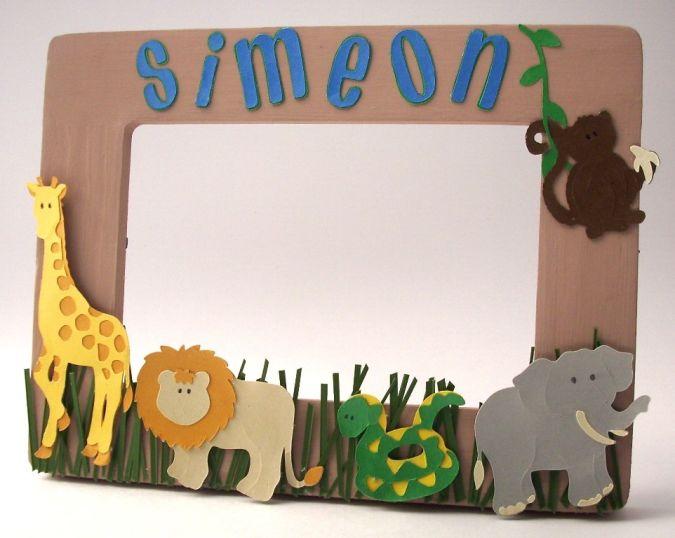 frame_jungle_simeon 23 Most Creative Handmade Gift Ideas