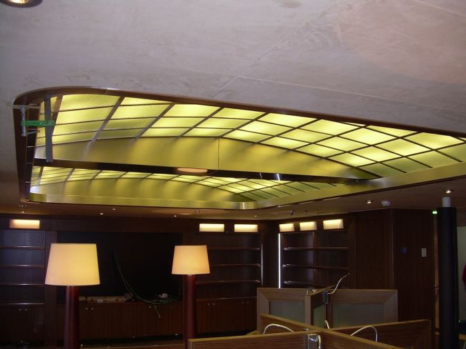 glass-suspended-ceiling Awesome and Dazzling Suspended Ceiling Decorations