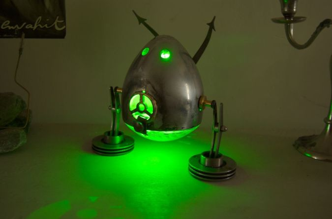 green 35 Amazing Robo Lamps for Your Children's Room