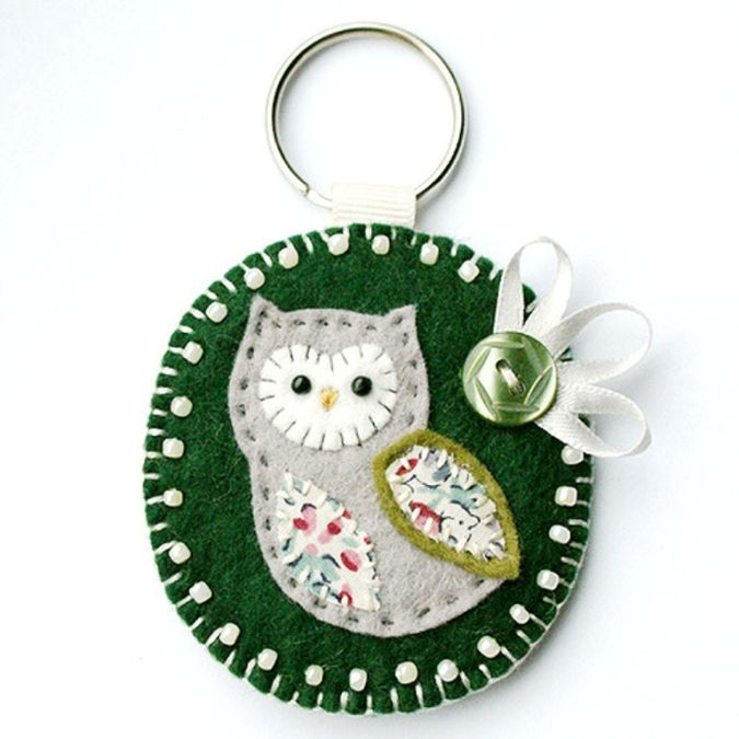 handmade_owl_keyring 23 Most Creative Handmade Gift Ideas