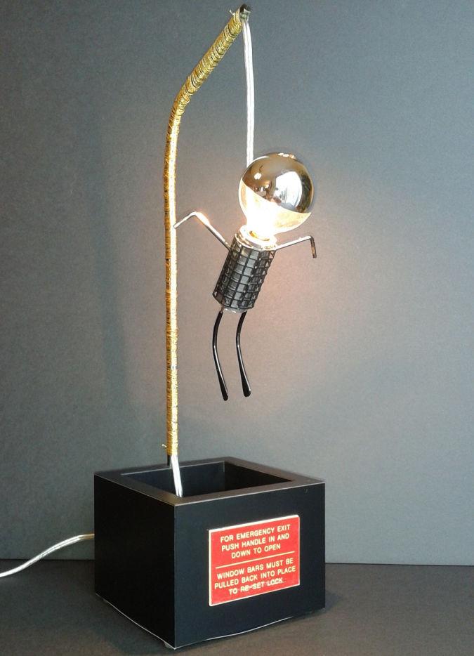 hanged-robot 35 Amazing Robo Lamps for Your Children's Room