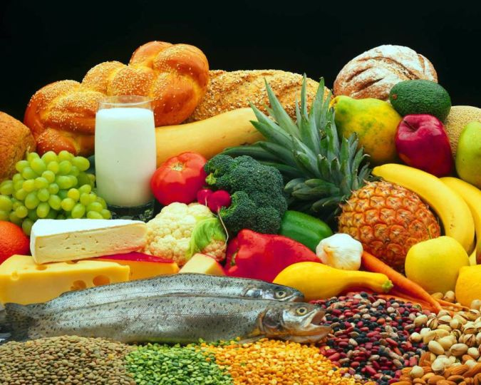 healthy-food.-1 How to Lose Weight at Age +40