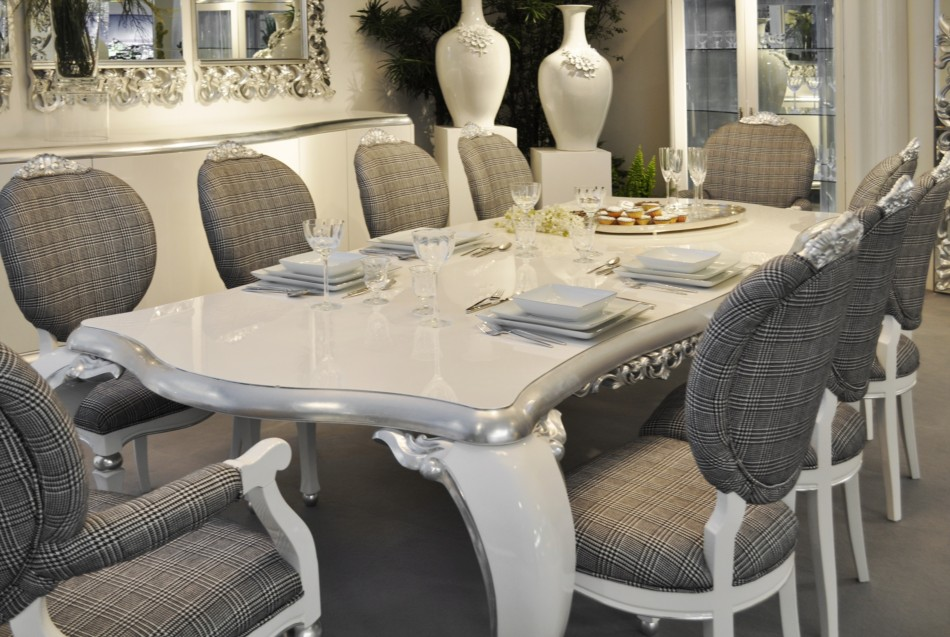 high_gloss_white_dining_table_2 Stunning And Contemporary Victorian Decorating Ideas