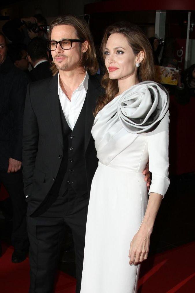 jolie-pitt The Secret of Angelina Jolie's Double Mastectomy Is Now Revealed