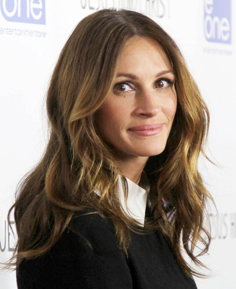 julia-roberts-premiere-jesus-henry-christ-02 The Most Famous Celebrities Clothing Brands