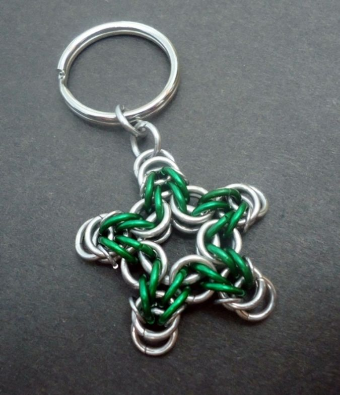 keychain-star-green-II 23 Most Creative Handmade Gift Ideas