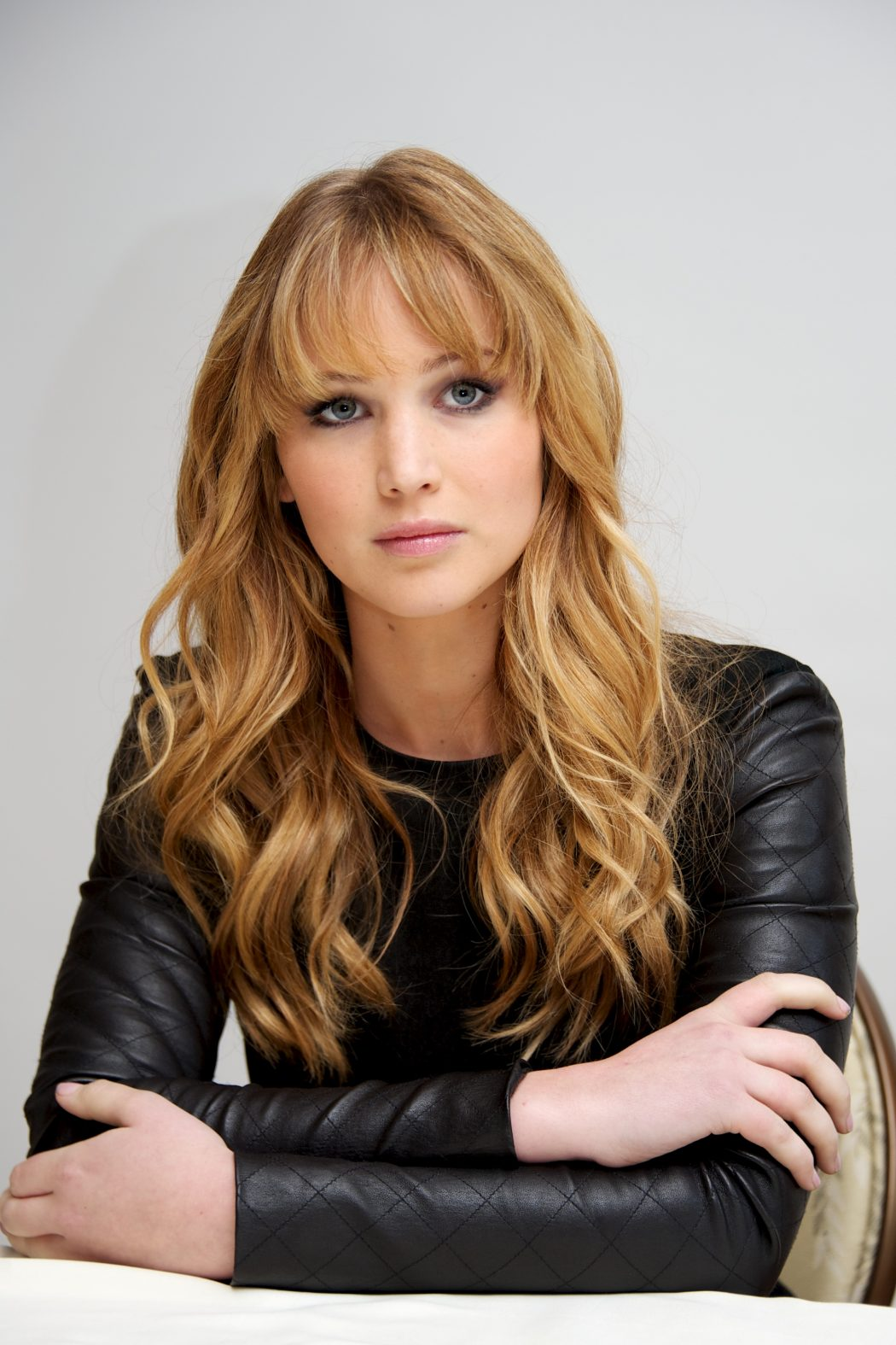 lookpurdy-jennifer-lawrence-in-the-row-the-hunger-games-beverly-hills-photocall The Most Famous Celebrities Clothing Brands