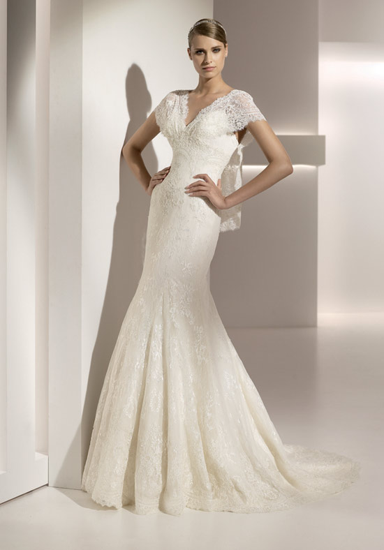 luxury-wedding-dress-065 70 Breathtaking Wedding Dresses to Look like a real princess