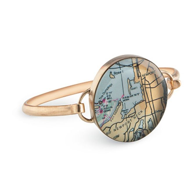 map-shaped-bracelet 20 Most Unique and Uncommon Gift Ideas for Everyone