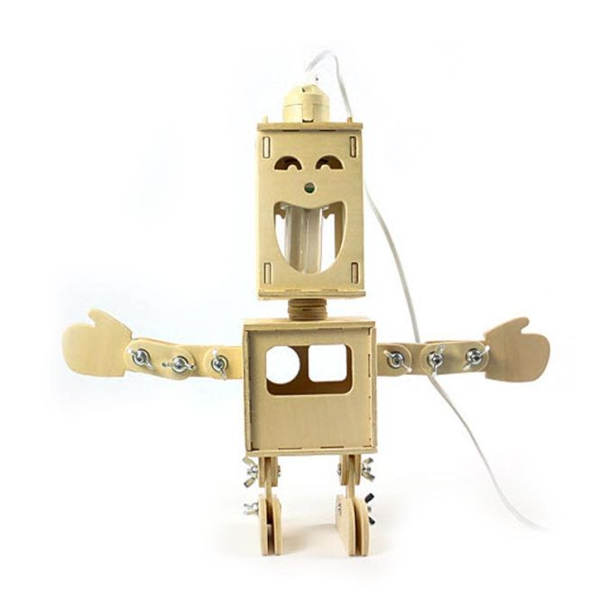 panmomo_geekcook-wooden-robot-lamp 35 Amazing Robo Lamps for Your Children's Room