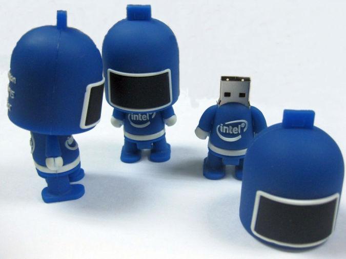robot-USB-flash-drive Best 10 Robot Gift Ideas