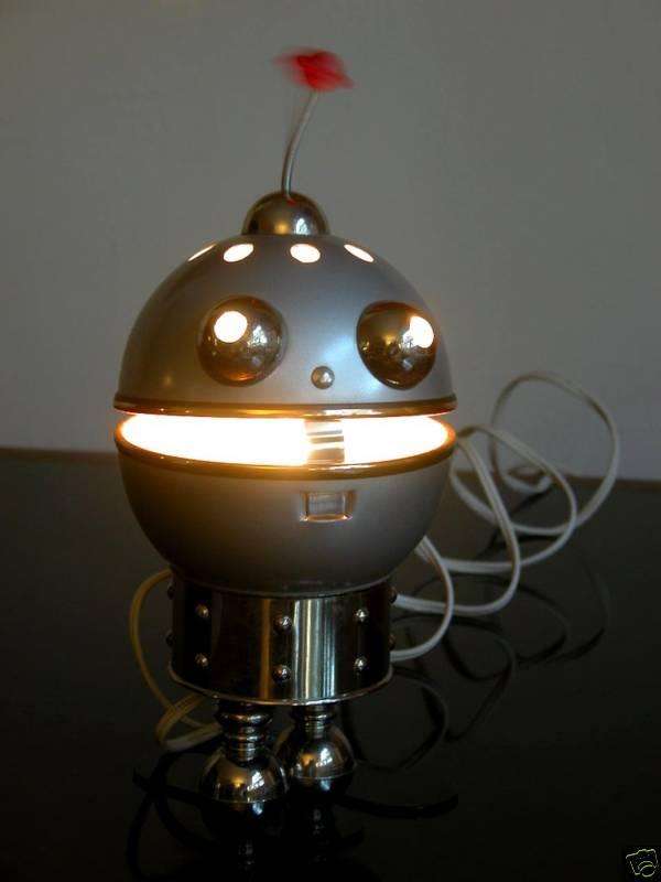robotlamp2 35 Amazing Robo Lamps for Your Children's Room