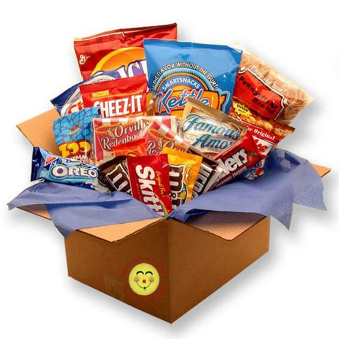 snackdown-deluxe-snacks-care-package How to Choose Birthday Care Package