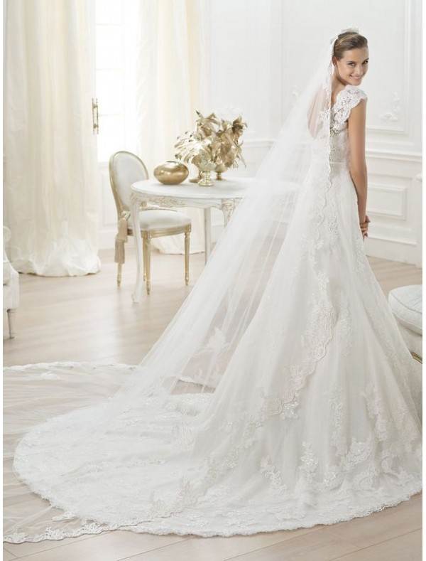 tulle-and-lace-sweetheart-neckline-wedding-dress-with-cap-sleeves-ps0032 70 Breathtaking Wedding Dresses to Look like a real princess