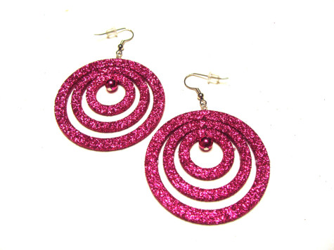 wide-circle-475x356 How To Use Earrings With Straight Hair, Tied or with Veil