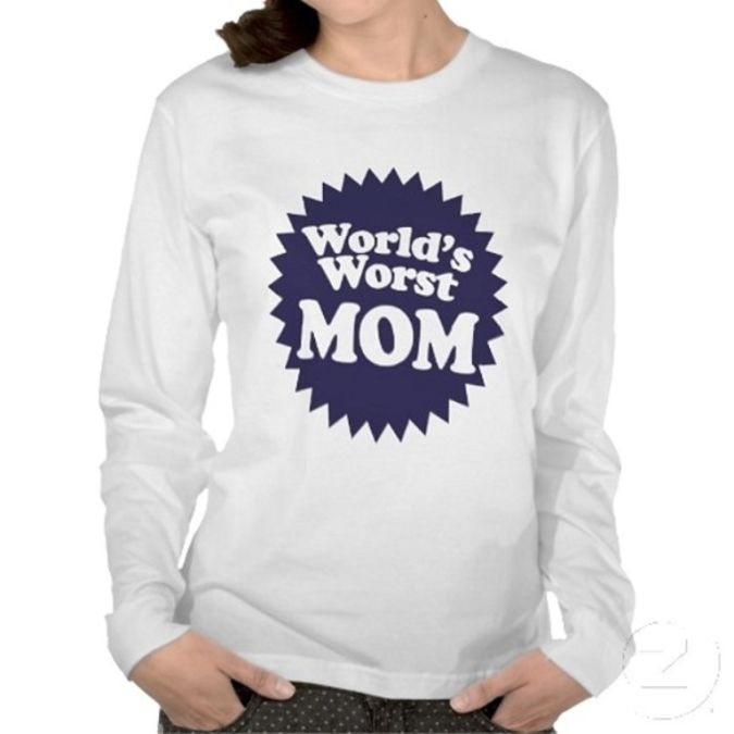 zzzworldsWorstMomtshirt2_large The Ugliest Gift Ideas for the Person Whom You Detest