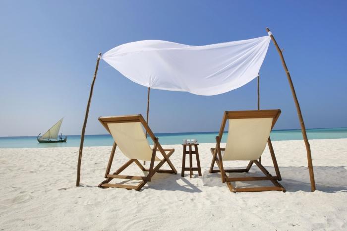 001-Velassaru_053_V4F9281_Beach-Chairs How To Choose A Beach Chair ?!