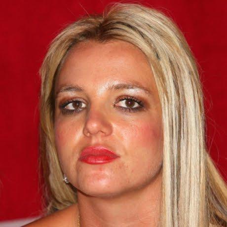 0722_makeup_mistakes_05_full Top 12 Ugliest Celebrity Makeup
