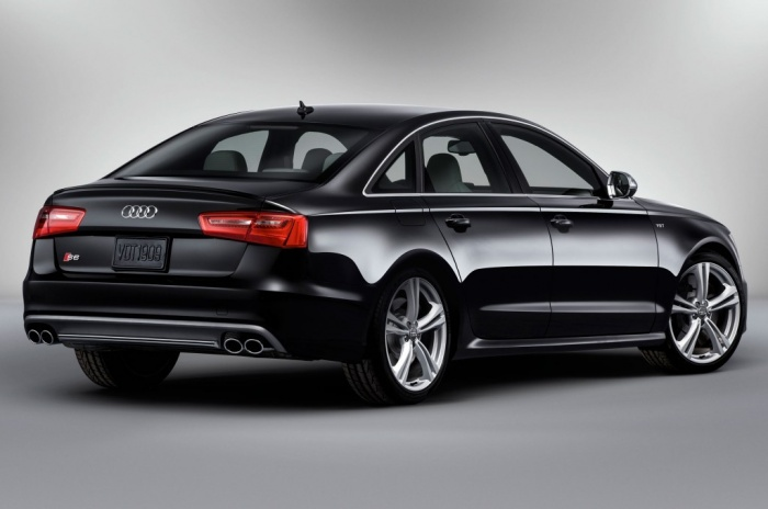 2014-Audi-S6-rear Latest Audi Auto Designs