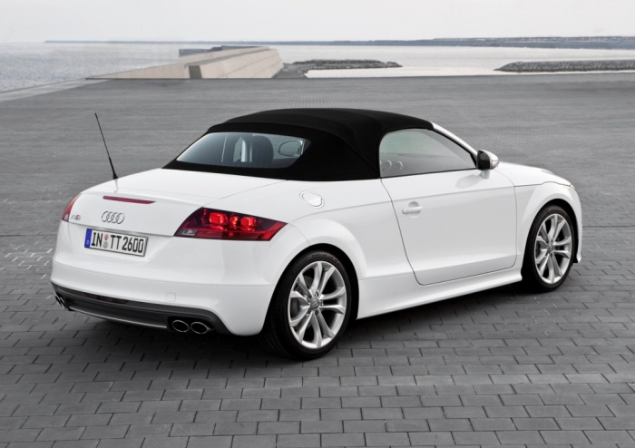 2014-Audi-TT-Roadster Latest Audi Auto Designs