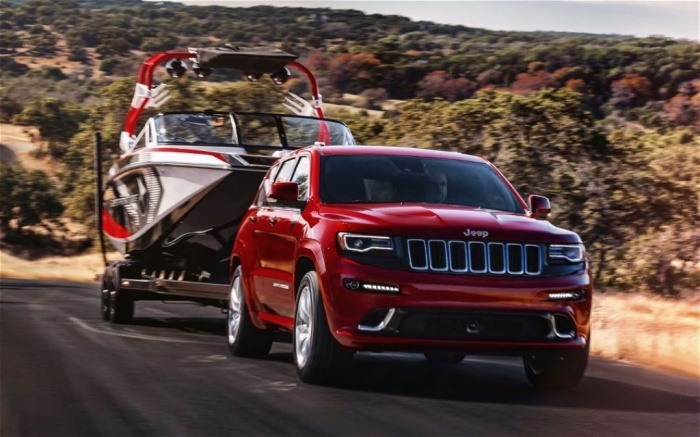 2014-Jeep-Grand-Cherokee-SRT-towing The Magnificent Jeep Grand Cherokee